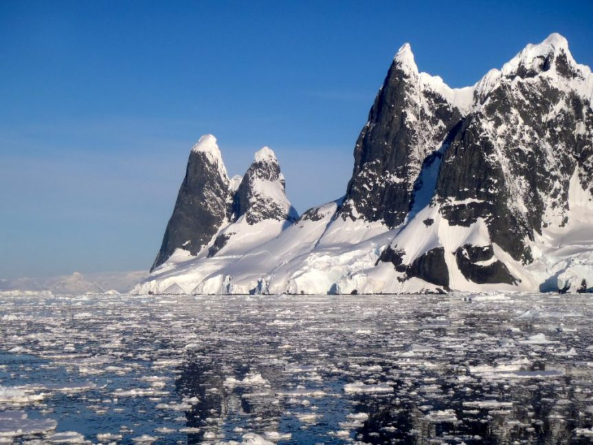 "Mike Moore – ""Antarctica"""